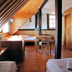 Hotelbilleder: Wolf-Ferienwohnung-fuer-14-Personen, Rosenthal