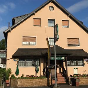 Hotelbilleder: Hotel Restaurant Alt Laubach, Laubach
