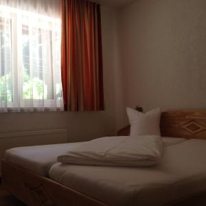 Hotellikuvia: Hotel Zerres, Partenen