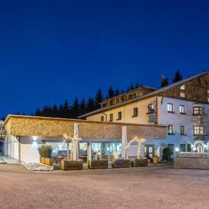 Zdjęcia hotelu: Hotel Gasthof Hirschen, Stams