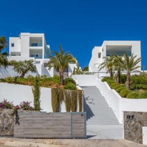 Hotel Pictures: Villa Gemini, Cala Tarida