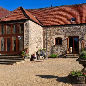 Hotel Pictures: The Old Stables Bed & Breakfast, Shepton Mallet