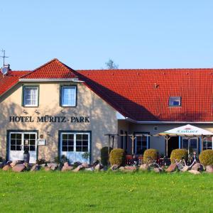 Hotel Pictures: Hotel Müritz-Park, Boek