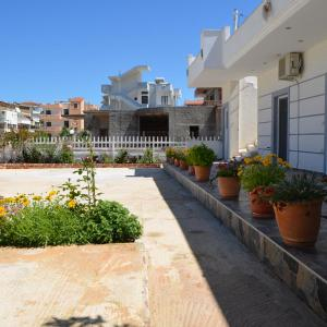 Hotelbilleder: Niku Apartments, Ksamil