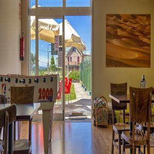 Hotel Pictures: Albergue Melide, Melide