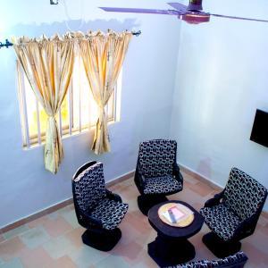 ホテル写真: Hotel PK 10 Residence, Agblangandan