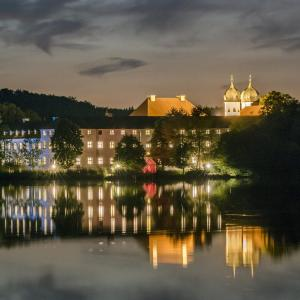 Hotel Pictures: Kloster Seeon, Seeon-Seebruck