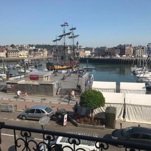 Hotel Pictures: Le Gallion, Dieppe