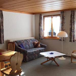 Hotel Pictures: Apartment Favre OG Ost, Matten