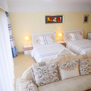 Hotel Pictures: Yishang International Apartment Yangjiang Hailing Island Poly Branch, Yangjiang
