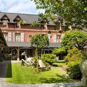 Hotel Pictures: Auberge de la Source - Hôtel de Charme, Barneville-la-Bertrand