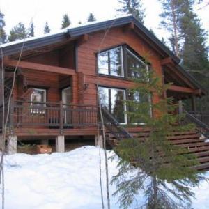 Hotel Pictures: Holiday Home Puolukka, hyvölän talo, Ähtäri