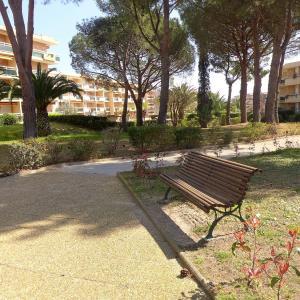 Hotel Pictures: Apartment Côte d'Azur.4, La Favière
