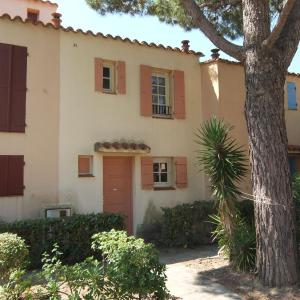 Hotel Pictures: Holiday Home Marina 1.1, Saint-Cyprien-Plage
