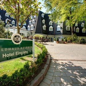 Hotel Pictures: Waldhaus Reinbek, Reinbek