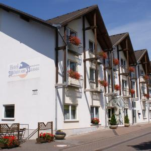 Hotel Pictures: Hotel & Restaurant Wilhelm von Nassau, Diez