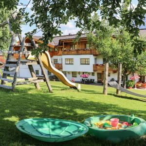 Hotel Pictures: Berggasthof Hinterreit, Maria Alm am Steinernen Meer