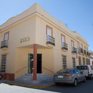 Hotel Pictures: Hostal Niza, San Juan del Puerto