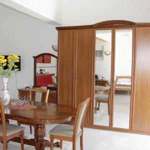 Hotellikuvia: Holiday Home Villa Dukagjin, Ulcinj