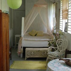 Fotos do Hotel: Charming Old World Apartment, Bridgetown