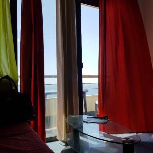 Hotellbilder: Blue Sky Apartment, Gjashtë