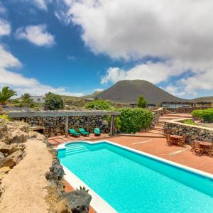 Hotel Pictures: Casa Volcán, Guinate