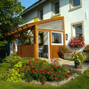 Hotel Pictures: Ferienwohnung Oberschieda, Kirchenlamitz