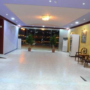 Fotos de l'hotel: Meellote( Families only), Al Bukayriyah