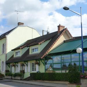 Hotel Pictures: auberge de l'olive, Dompierre-sur-Besbre