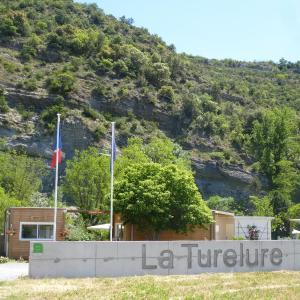 Hotel Pictures: Camping La Turelure, Uzer