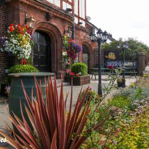 Hotel Pictures: Sheridans Guest Accomodation, Wallasey