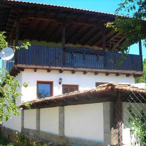 Hotel Pictures: Guest House Yana, Tŭrkasheni