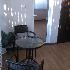 Hotellikuvia: Guest House Krisi, Sapareva Banya