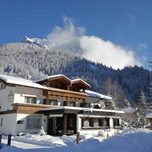 Zdjęcia hotelu: Berghaus Halali - dein kleines Hotel an der Zugspitze, Ehrwald