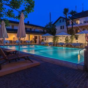 Hotel Pictures: Sunstar Boutique Hotel Villa Caesar, Brissago