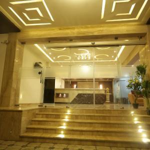 Hotellikuvia: Hotel SRR Grand, Chennai