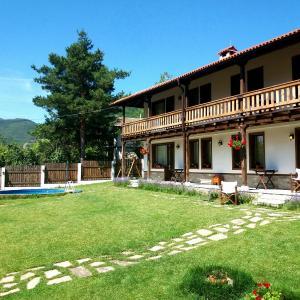 Фотографии отеля: Odmor Guest House, Tserovo