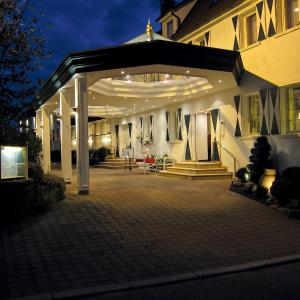 Hotelbilleder: Hotel-Restaurant Arneggers Adler, Tiefenbronn