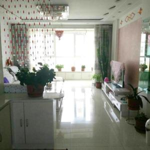 Hotel Pictures: Yong Heng Family Apartment, Qilian