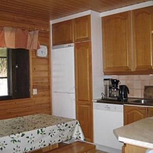 Hotel Pictures: Holiday Home Ukko-antti, Tiirinlahti