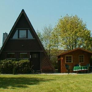 Hotelbilleder: Komfort-Ferienhaus-Damp, Damp