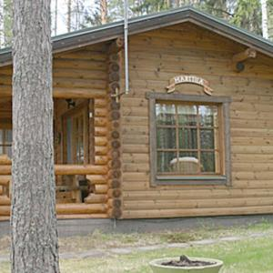 Hotel Pictures: Holiday Home Marttila, Vehmersalmi
