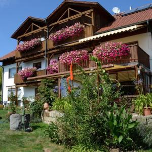 Hotelbilleder: Gästehaus Köglmaier, Kelheim