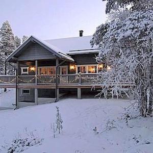 Hotel Pictures: Holiday Home Villa anna, Kyrö