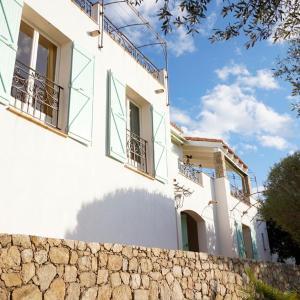 Hotel Pictures: Villa 'Bella Vista Lumio', Lumio