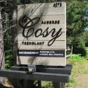Hotel Pictures: Auberge le Cosy, La Conception