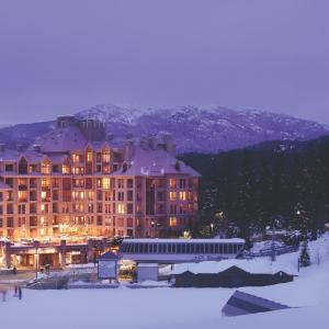 Hotel Pictures: Pan Pacific Whistler Mountainside, Whistler