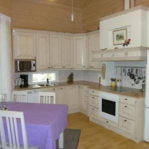 Hotel Pictures: Holiday Home Kivilla, Kello