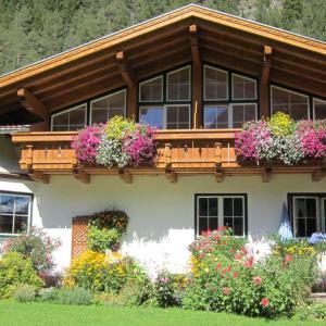 酒店图片: Ferienwohnungen Drexel, Elbigenalp