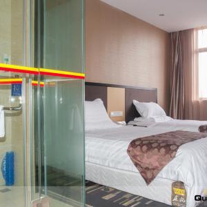 Hotel Pictures: Super 8 Nantong Haimen Commercial Pedestrian Street, Haimen